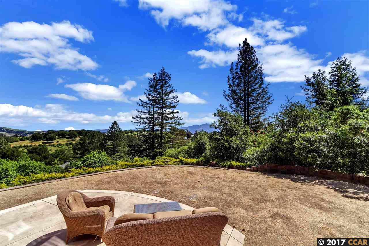 Additional photo for property listing at 149 Calle La Montana  Moraga, California,94556 United States